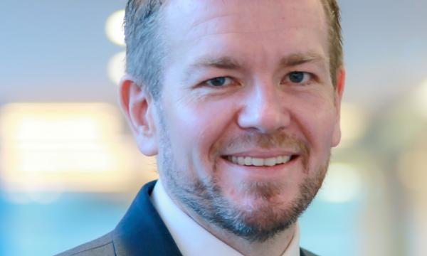 Standard Chartered's voice & virtual head Stuart Beaumont reveals why call volume to their contact centers declined 12%